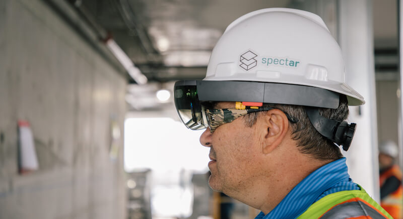 Foreman using Spectar in the field